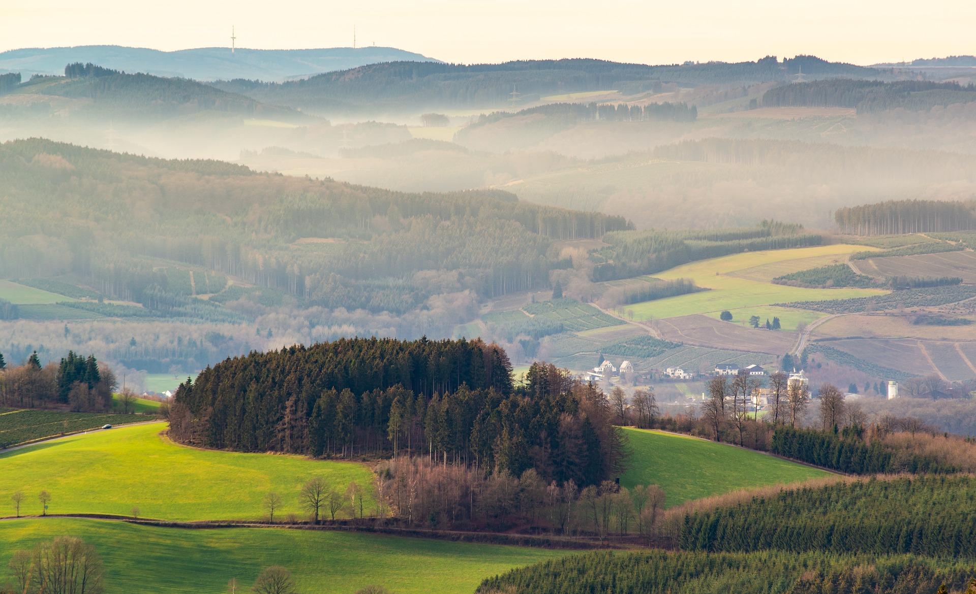 landscape-3908270_1920